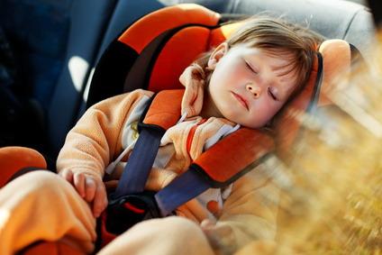 Taxi siège bébé enfant Nice Aéroport Cannes Antibes Monaco